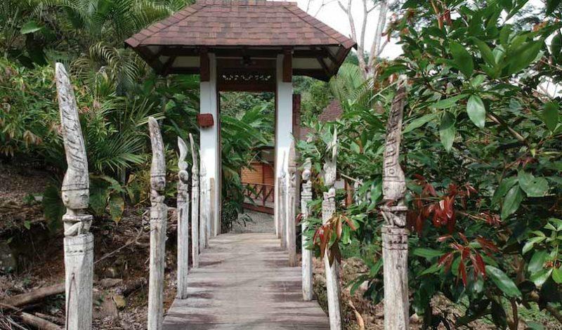 Bali Home Designs exterior design 2 800x470 - Authentic Balinese Villa's