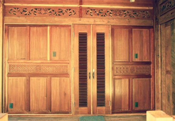 Bali Home Designs wood carving 1